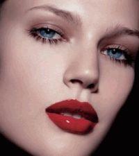 макияж,наносить косметику,красная помада