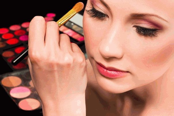 макияж,наносить косметику,косметика