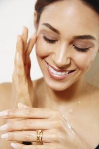 яблочный уксус, уход за кожей, уход за волосами, гидрокислоты, альфа-кислоты, яблочный уксус для кожи, яблочный уксус для волос