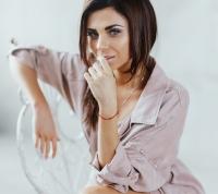 Tania BerQ фото 2015,Tania BerQ певица, секреты красоты звезд, косметичка звезды, бюджетные бьюти-находки