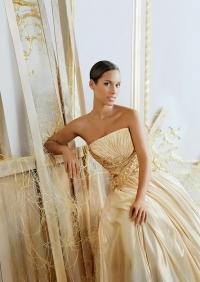 Givenchy и Алиша Киз, Givenchy, Алиша Киз, Dahlia Divin Black Ball, живанжи, живанши парфюм