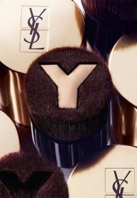 YSL Beaute, YSL Beaute фото, YSL Beaute косметика,кисть для тонального крема, кисть для тональника, кисть YSL, ив сен лоран