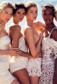 Vogue Испания, Vogue Испания 2016, Vogue Испания май 2016, Vogue Spain May 2016, Vogue Spain, Vogue Spain 2016, Эльза Хоск, Стелла Максвелл, Роми Стридж, Жасмин Тукс, Тейлор Хилл, Марта Хант, Сара Сампайо