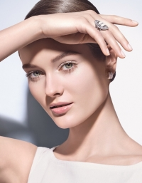 Chanel, Chanel фото, Chanel новинки, Chanel косметика, Chanel от солнца, Chanel солнцезащитный, UV Essentiel