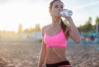 питьевой режим летом, питьевой режим в жару, вода в жару, вода летом, сколько пить воды летом, какую пить воду летом, вода летом количество