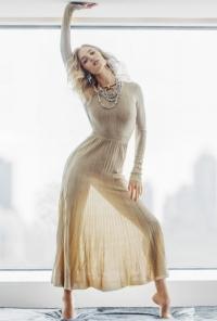 Vogue Таиланд июль 2016, Рози Хантингтон-Уайтли, Рози Хантингтон-Уайтли фото, Рози Хантингтон-Уайтли 2016, Рози Хантингтон-Уайтли фотосессия, Vogue Таиланд 2016, Vogue Таиланд