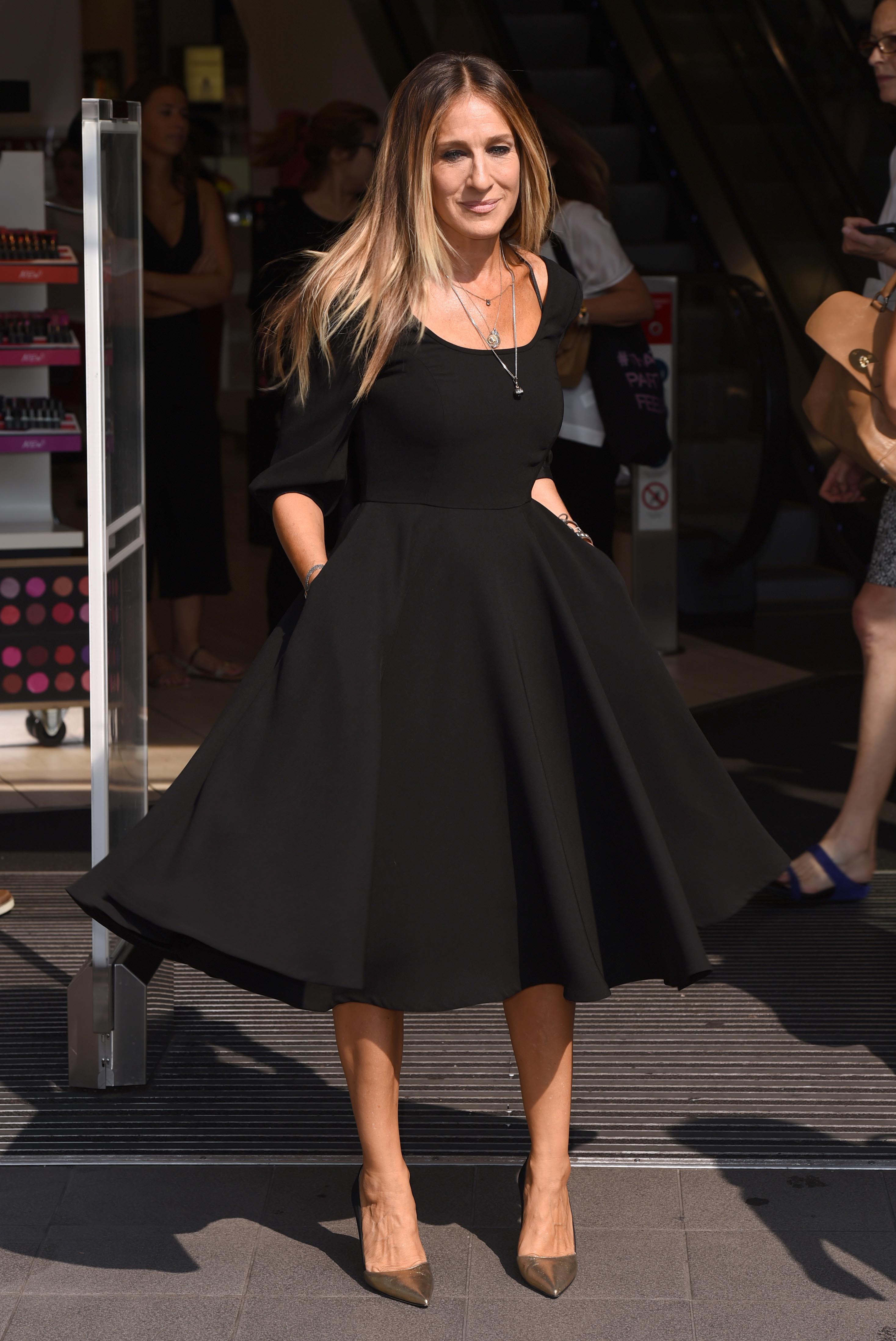 Джессика паркер платья