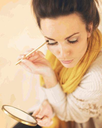 макияж,зеркало