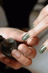 зеленый лак,лак для ногтей,Essence,Estee Lauder,Alessandro,Chanel,Essie,O.P.I,Sally Hansen,Zoya