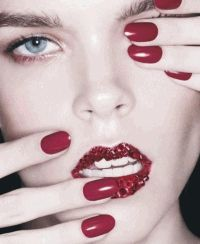 Harper%27s Bazaar Spain,фотоприцел,Меган Коллисон,макияж,красный