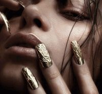 Металлические ногти,H%26H,тренд,наклейки ногти,бейонсе,ногти