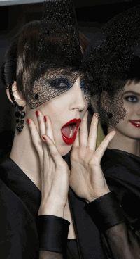 Неделя высокой моды,неделя моды в Париже,Париж,макияж,тренды,бьюти-тренды,Jean Paul Gaultier,chanel,Atelier Versace,Christian Dior