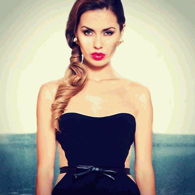 Виктория Боня,косметичка,Виктория Боня косметичка,звездный макияж,звездная косметичка