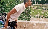 Francis Kurkdjian,мыльные пузыри,парфюмерия,парфюмированные пузыри,парфюмер,фото