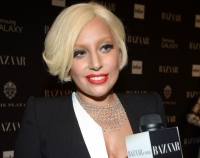 леди гага,Гага,Тейлор Кинни,Harper%27s Bazaar,прическа,блондинка,блонд