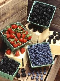 ягоды,польза,мясо,яйца,шпинат,красный перец,здоровое питание