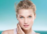 сыворотка,Biotherm,Aquasource Deep Serum,Viva%21 Beauty box,декабрь,ноябрь,бьюти бокс,купить,омоложение,увлажнение кожи