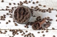 кофейный скраб,своими руками,как делать,мед,кефир,оливковое масло,кофейная гуща,домашние рецепты,антицеллюлитные,средства