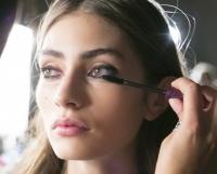 ошибки,макияж,контур лица,тональная основа,кисти для макияжа,брови