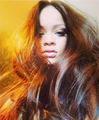 Рианна,Рианна фото,Рианна волосы,прическа,изменила стиль,имидж,новый образ,образ