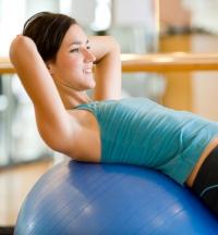 фитбол,польза,как выбрать,секрет фигуры,стройность,упражнения для бедер,упражнения для ног,упражнения для живота,упражнения для ягодиц,упражнения для спины