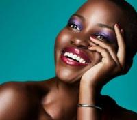 Лупита Нионго,рекламная кампания,лицо,макияж глаз,Lancome,новинки косметики,фото,видео,весна,2015
