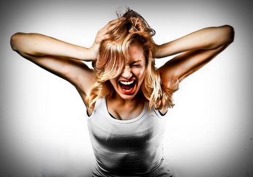 снять стресс,упражнения,расслабиться,как успокоиться,скручивания