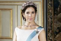 королева Мэри,королевская фотосессия,фото знаменитостей,элегантный образ,королева Дании,фотосессия