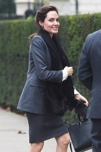 Анджелина Джоли,Анджелина Джоли фото,фигура,худая,очень худая,фото,Джоли