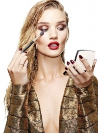 рози хантингтон-уайтли,Рози,макияж,фотосессия,новая фотосессия,красится,секреты красоты,секреты макияжа,Stylist Magazine