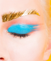 брови,широкие брови,мода,тренды,бьюти-тренды,необычные тренды,тонкие брови,2015,тренды в макияже