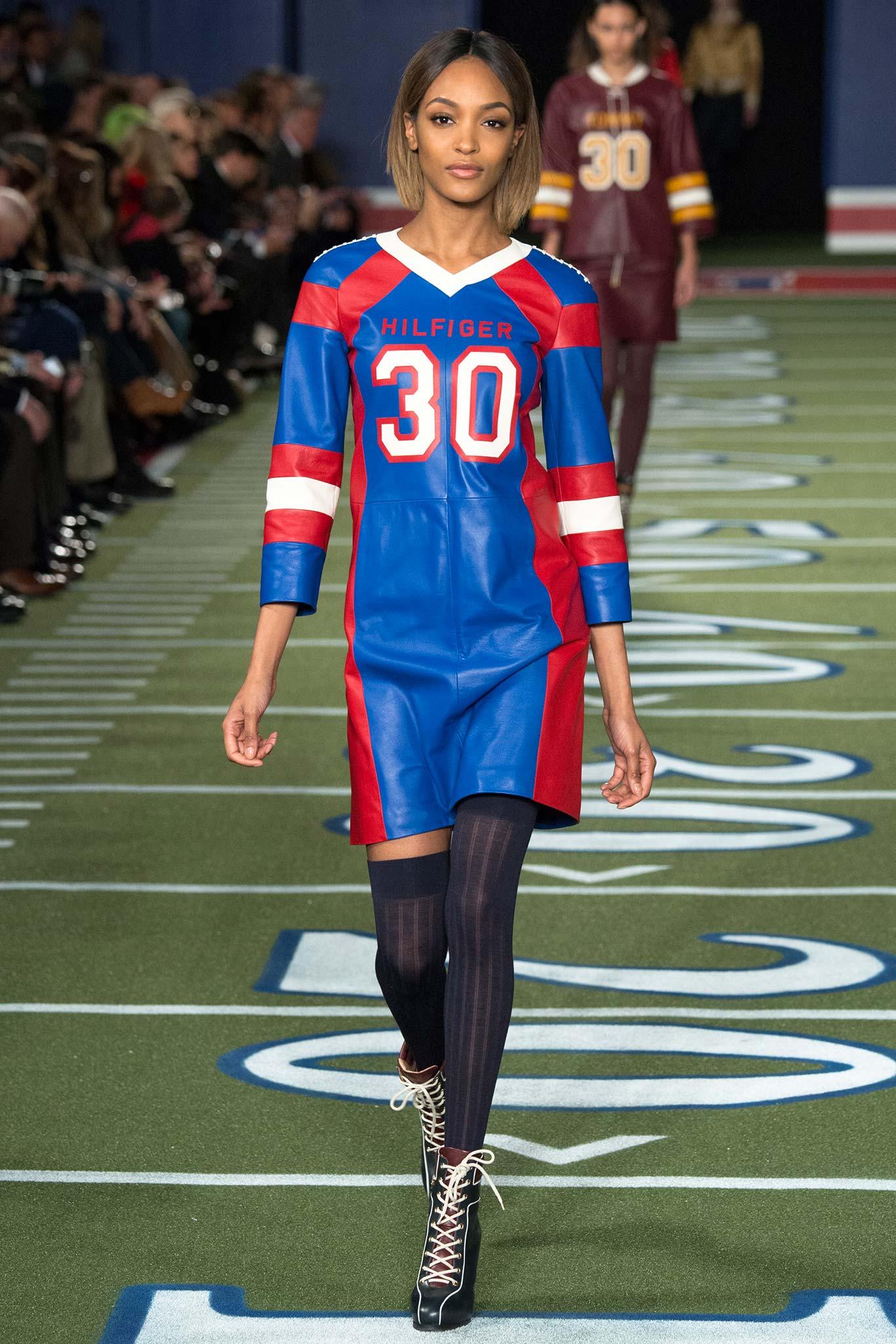 10 Fashion Photography Tips - Digital Photography School Madhouse designer fashion sports