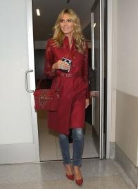 Хайди Клум,наряд,новый образ,яркий образ,стиль,пальто,street-style,Хайди,волосы стиль