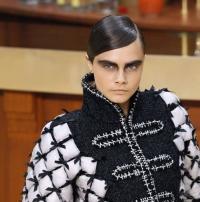 кара делевинь,Кара Делевинь фото,подиум,показ Chanel,chanel,новая коллекция,имидж,окрашивание,цвет волос