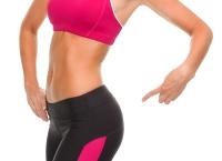 приседания с тягой,упражнения для ягодиц,упражнения для бедер,упражнения фото,внутренняя часть бедра,Анастасия Нагорная,мышцы ягодиц и бедер,мышцы пресса,упругая попа