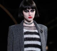 макияж,показ,неделя моды в Париже,фото,осень-зима,2015,Yves Saint Laurent,рок-шик,стрелки,как сделать