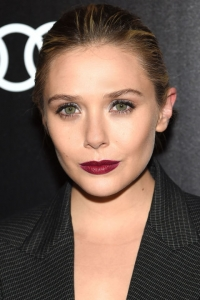 Элизабет Олсен,новый beauty-look,дерзкий макияж,темная помада