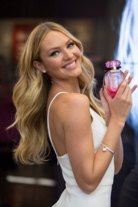 Кэндис Свенпойл,Bombshells Day,презентация victorias,Victorias Secret