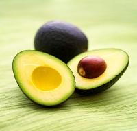 маски с авокадо, маски с маслом авокадо, масло авокадо маски, маслов авокадо польза