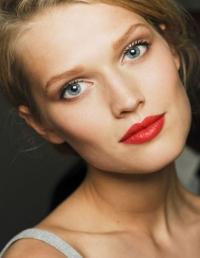 бронзер купить, макияж для загорелой кожи, бронзирующая пудра как выбрать, как наносит бронзер, бронзер макияж