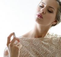 как продлить стойкость ароматы, как наносить аромат, как сделать аромат стойким, правила нанесения аромат, стойкость аромата