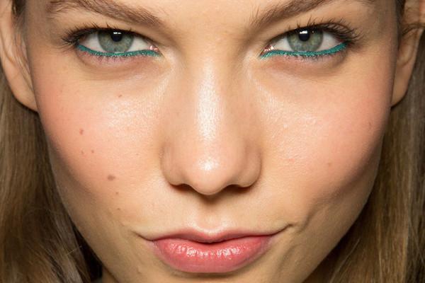 модный макияж весна-лето 2015,тренды в макияже 2015, яркий макияж глаз фото, макияж с цветной подводкой, макияж с цветным лайнером, цветной макияж глаз фото