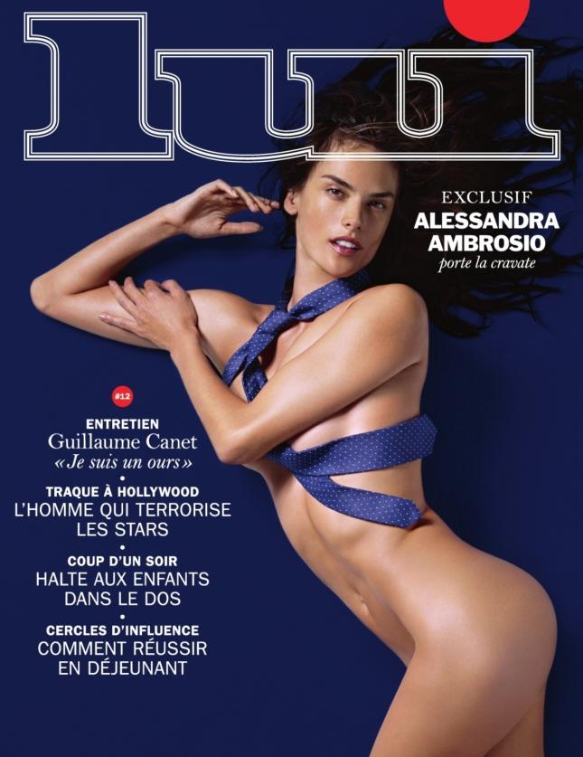 Алессандра Амбросио полностью обнажилась для новой фотосессии