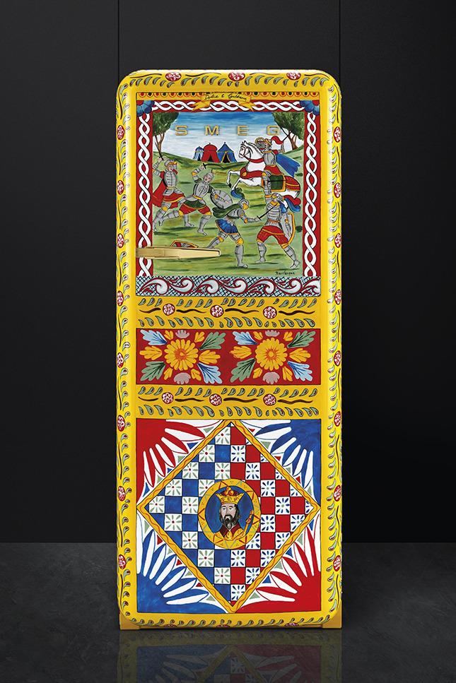 Прохладная былина: Dolce and Gabbana разработали дизайн… холодильников