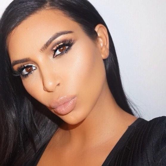 10 секретов макияжа от визажиста Ким Кардашьян
