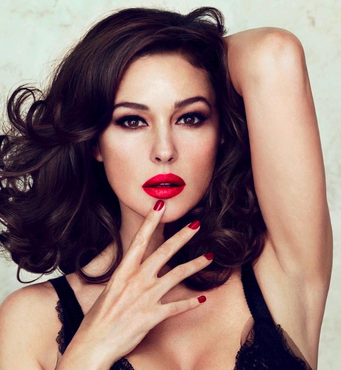 Секрет привлекательности Моники Беллуччи -  губная помада
