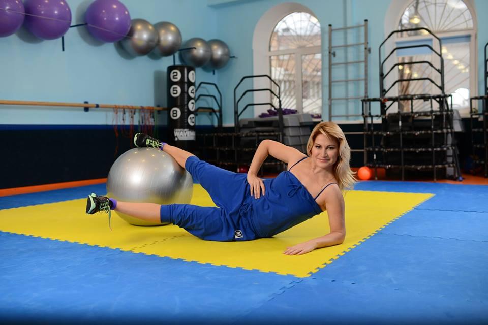 Ксения Слюсарь фитнес-тренер фото 2016