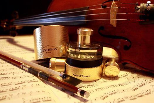 Для избранных: 5 нишевых ароматов в подарок на Новый год 2015
