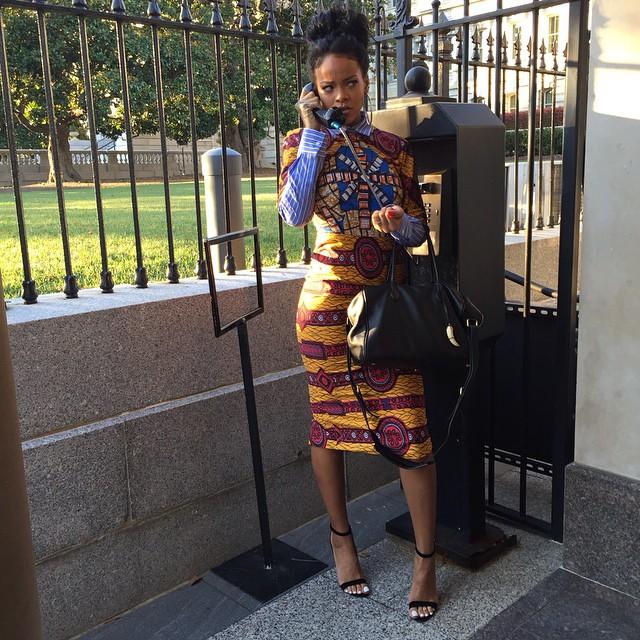 Рианна в платье Dolce Gabanna: стайл или провал?
