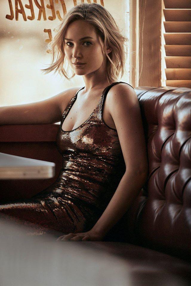 Героиня месяца: Дженнифер Лоуренс в декабрьском номере Vogue US